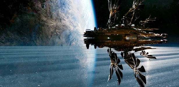 Jupiter-Ascending-Large-Ship