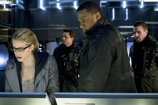 Arrow-My-Name-is-Oliver-Queen-15