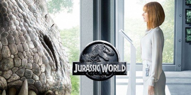Jurassic World: When the Egg Cracks