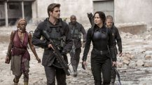 the_hunger_games_mockingjay_part_1_still_2