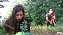 TWD S6E7 Glenn and Enid talk